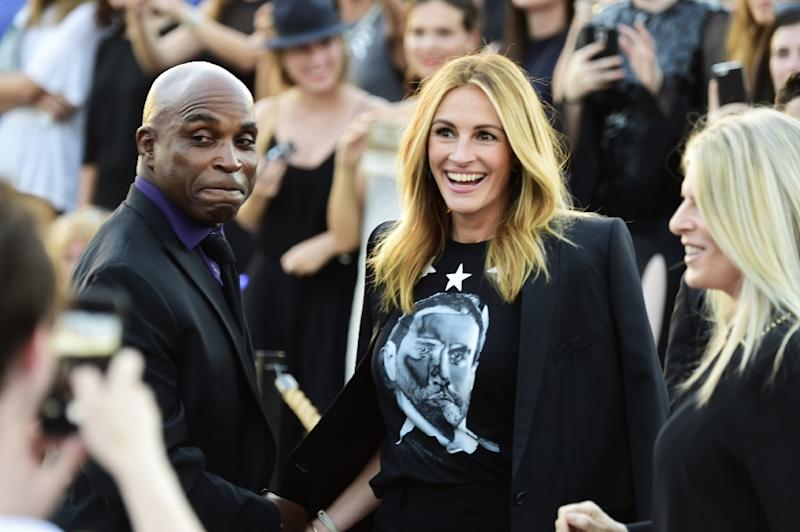 Actress Julia Roberts attends the Givenchy fashion show during Spring 2016 New York Fashion Week at Pier 26 at Hudson River Park on September 11, 2015 in New York City (AFP Photo/Frazer Harrison)