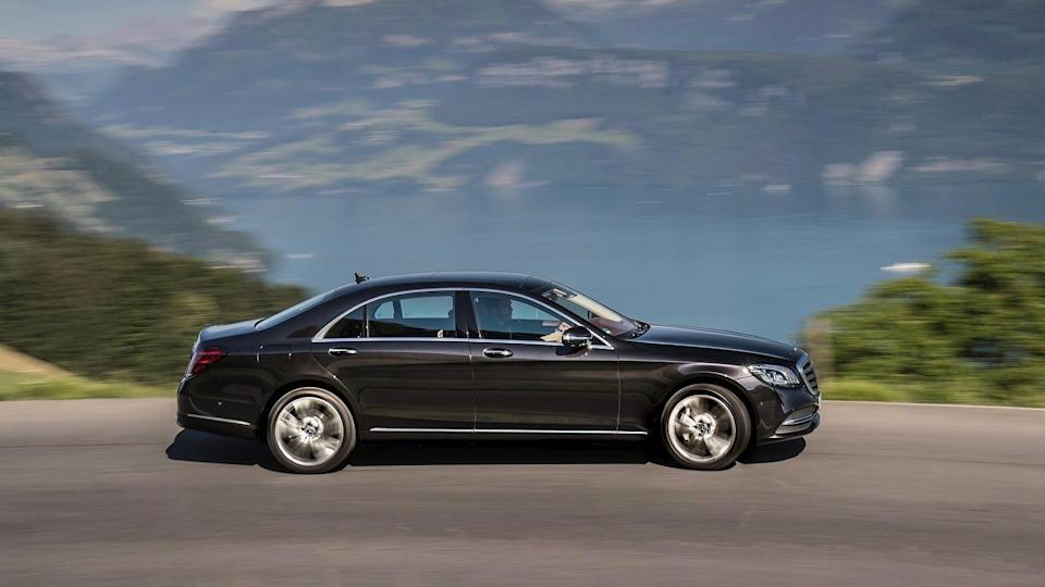 <p><strong>2019 Mercedes-Benz S-Class:</strong></p> <p>Retail Price: <strong>$116,069</strong><br> Average Transaction: <strong>$104,224</strong><br> Savings: <strong>$11,844</strong><br> Percentage Discount: <strong>10.2%</strong></p>