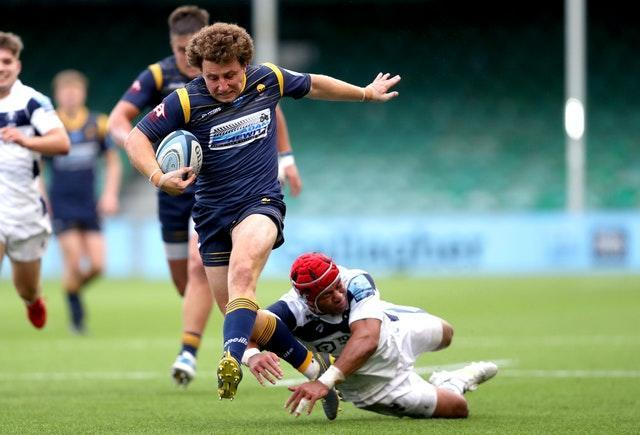 Weir in action for Worcester