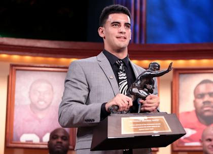 Will Heisman winner Marcus Mariota continue his dream run by leading Oregon to a title? (Getty)