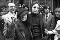 John Lennon e Yoko Ono a New York, 18 aprile 1972. (AP Photo)