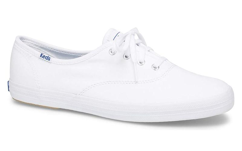 d06bf05242c39 Comfortable Sneakers for Women That Amazon Reviewers Can't Stop ...