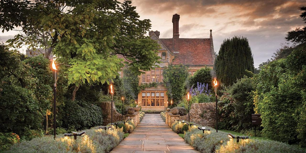 """<p><strong><a href=""""https://www.redonline.co.uk/travel/book-places-to-stay/a23876060/belmond-le-manoir-aux-quatsaisons/"""" target=""""_blank"""">Read our full review</a></strong></p><p>There's a reason this hotel has been named the best in the UK various times, it's pure magic. From the location to the food and the country vibe to the wine, we can't think of a lovelier couples' retreat for a mini-break packed with our favourite things.</p><p>At Belmond Le Manoir Aux Quat'Saisons, there's Michelin-starred dining courtesy of Raymond Blanc, fragrant orchards and indulgent interiors. If you're looking to get away from it all on an adults-only escape, this place hits the spot!</p><p><a class=""""body-btn-link"""" href=""""https://www.redescapes.com/offers/oxfordshire-belmond-le-manoir-hotel-gourmet-getaway"""" target=""""_blank"""">BOOK AN EXCLUSIVE PACKAGE</a> <strong>From £455.50</strong></p>"""