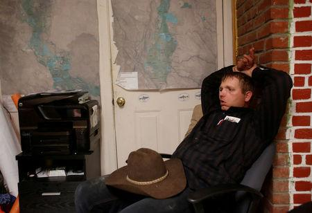FILE PHOTO:    Ryan Bundy sits in an office at the Malheur National Wildlife Refuge near Burns, Oregon January 6, 2016.    REUTERS/Jim Urquhart/File Photo