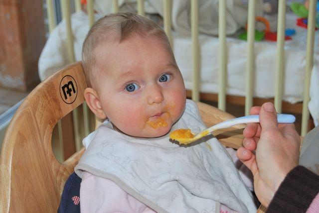 Introducing Solids To Your 6 Months Old Baby