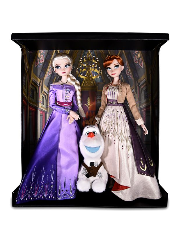 'Frozen II' fans can get their hands on this Elsa and Anna doll set - but for a staggering £24,200 (Saks/Roberto Coin)