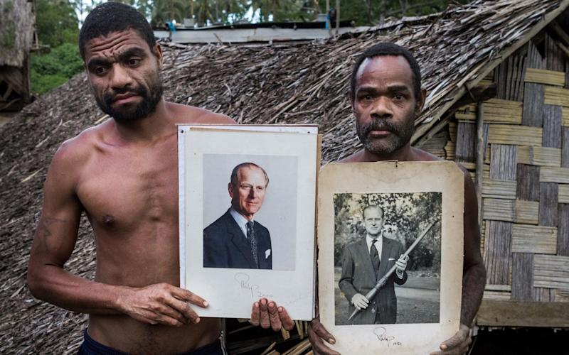 Tribesmen of the Prince Philip Movement on the southern island of Tanna in Vanuatu - Corbis