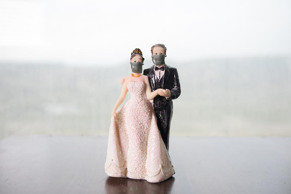 Planning a wedding amid the coronavirus pandemic comes with many challenges. (Photo: Getty Creative/Selective focus)