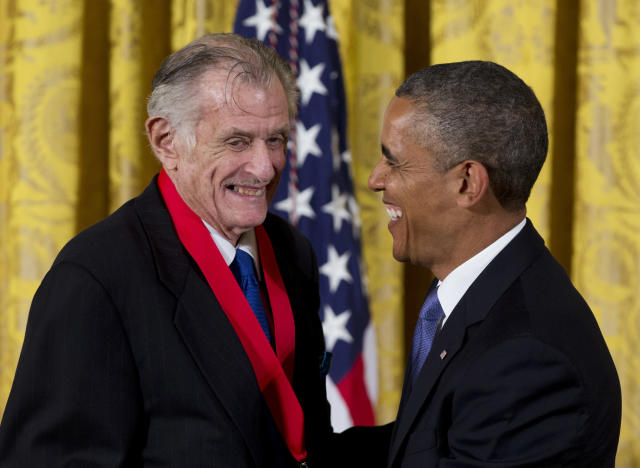 <p>Frank DeFord (1938-2017): Legendary sports writer. </p>