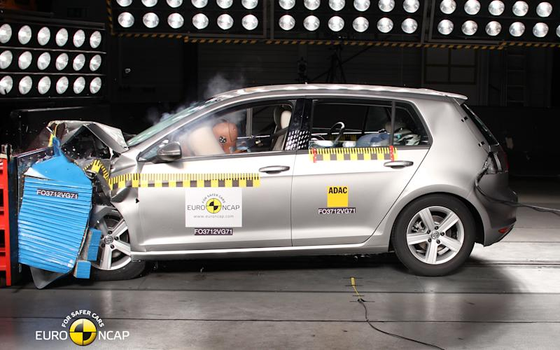 Volkswagen Golf Mk7 crash test