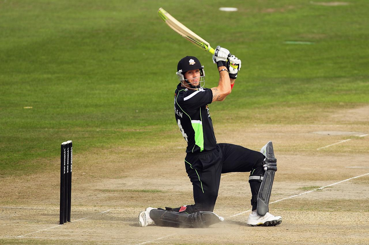 HOVE, ENGLAND - SEPTEMBER 04:  Kevin Pietersen of Surrey hits a six during the Clydesdale Bank 40 match between Sussex and Surrey on September 4, 2010 in Hove, England.  (Photo by Clive Rose/Getty Images)