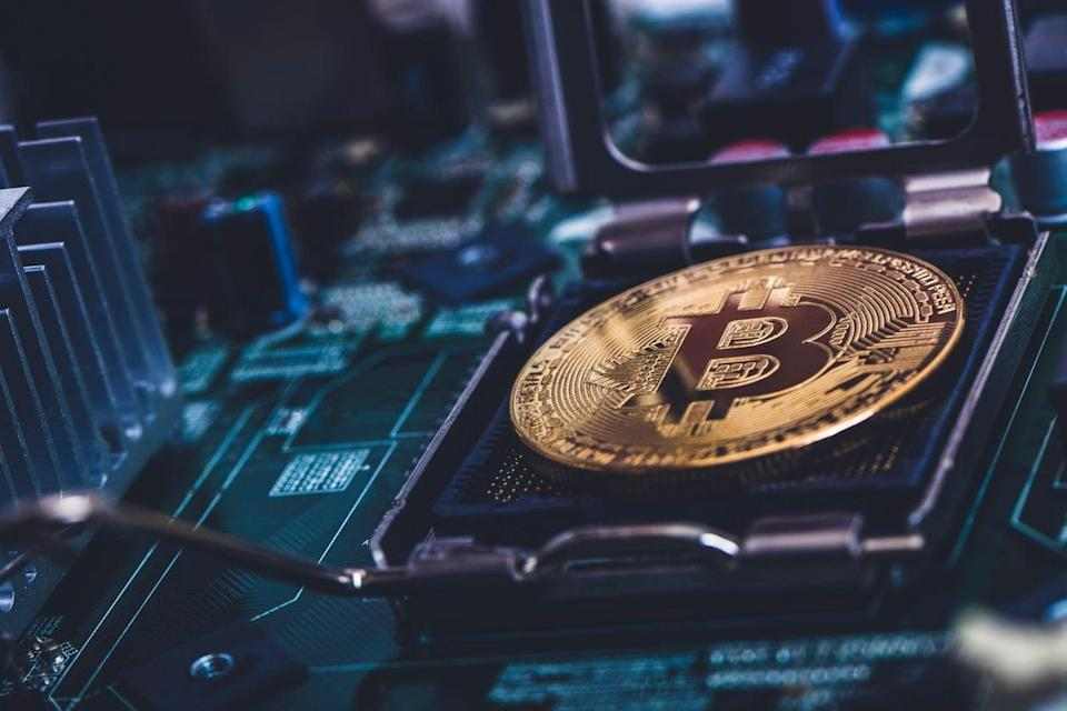 <p>The tide is turning on bitcoin</p> (Getty Images)