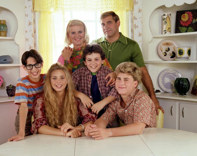 UNITED STATES - JANUARY 31: THE WONDER YEARS - Pilot - Season One - 1/31/88, Pre-teen Kevin Arnold (Fred Savage, center) learned about life and love growing up in suburban America in the late 1960s. Pictured, from left: Josh Saviano (best friend, Paul Pfeiffer), Olivia d'Abo (sister, Karen), Alley Mills (mother, Norma), Dan Lauria (father, Jack) and Jason Hervey (brother, Wayne)., (Photo by Walt Disney Television via Getty Images Photo Archives/Walt Disney Television via Getty Images)