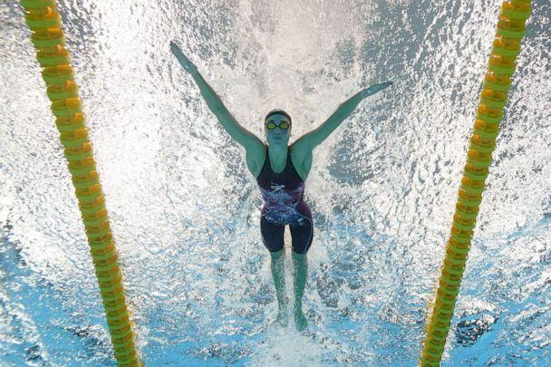 PHOTO: United States' Emma Weyant swims to win the silver medal in the 400-meter individual medley at the 2020 Summer Olympics, Sunday, July 25, 2021, in Tokyo. (David J. Phillip/AP Photo)