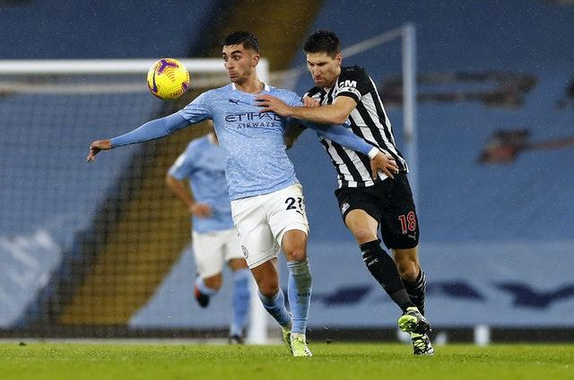 Federico Fernandez (right) returned to the Magpies side