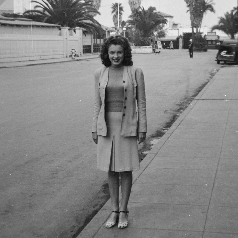 <p>Before she was the blonde bombshell known as Marilyn Monroe, Norma Jeane Baker was a young brunette living in Los Angeles. </p>