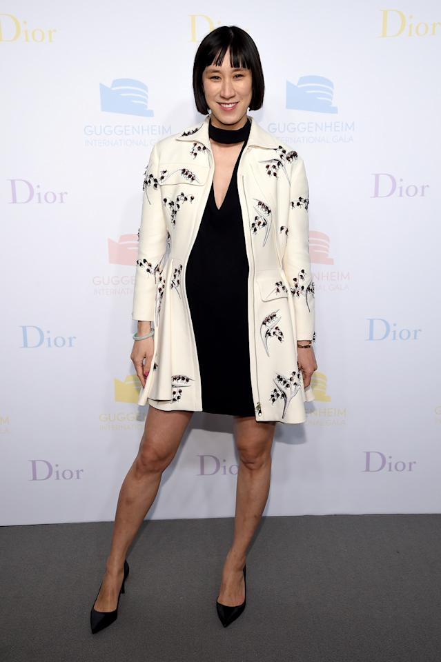 <p>Eva Chen was her usual adorable self in an LBD, ivory jacket, and black pumps. </p>