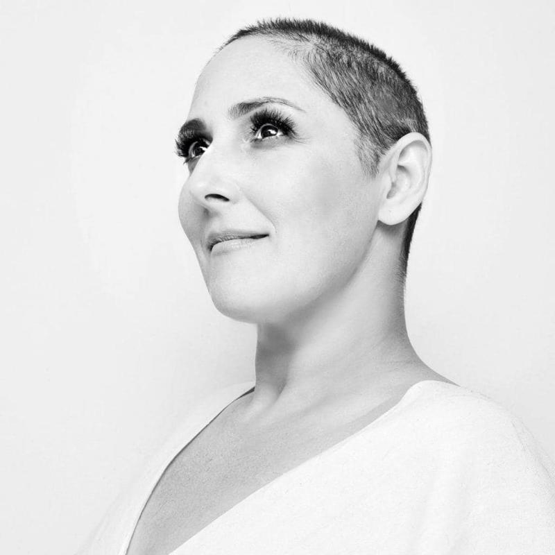 Ricki Lake. Image via Facebook/MsRickiLake. Photo by Amanda Demme.