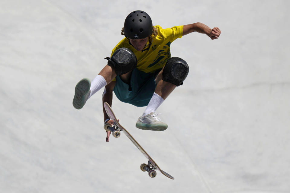 Keegan Palmer of Australia competes in the men's park skateboarding finals at the 2020 Summer Olympics, Thursday, Aug. 5, 2021, in Tokyo, Japan. (AP Photo/Ben Curtis)