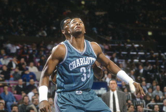 Alonzo Mourning was an immediate star as a rookie for the Charlotte Hornets. (Photo by Focus on Sport/Getty Images)