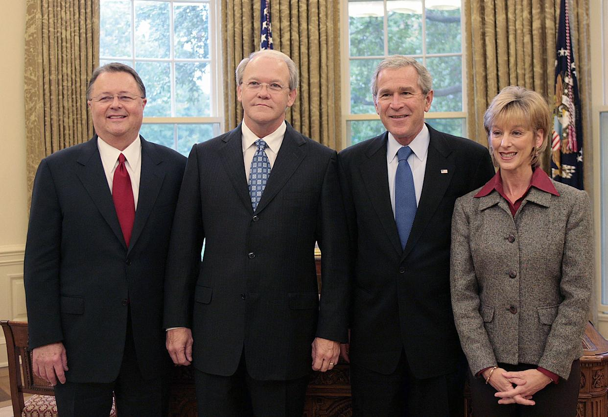 President George W. Bush poses withDr. Frank Page (second from left) and his wife Dayle, and another Southern Baptist leader, in 2006. At the time, Page was the president of the Southern Baptist Convention. (Photo: JIM WATSON via Getty Images)