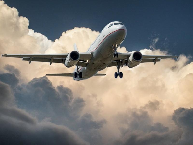 'Flights to nowhere' trend takes off amid COVID-19 lockdowns