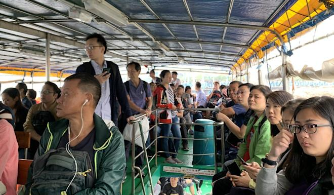 The ferry service proved so popular that people had a long wait to get a seat. Photo: Kinling Lo