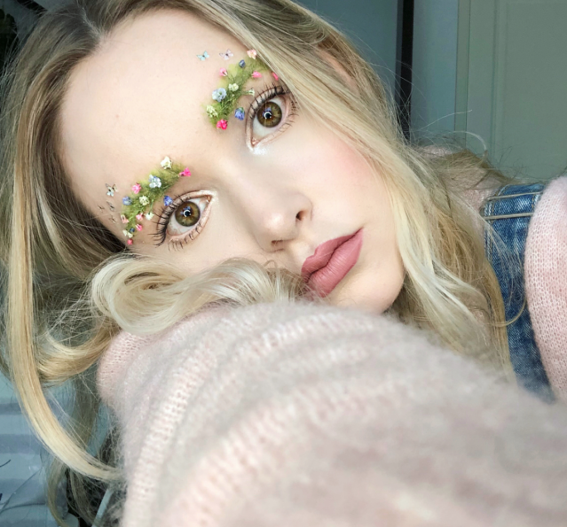 Garden eyebrows are officially a thing, thanks to Toronto-based beauty vlogger Taylor R. (Photo: taytay_xx)