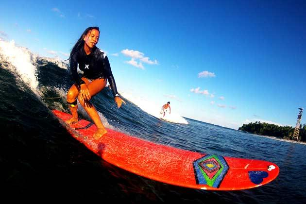 Travel Philippines Surfing
