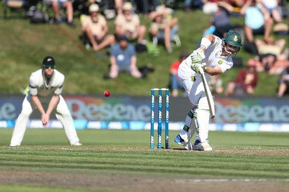 DUNEDIN, NEW ZEALAND - MARCH 09: Dean Elgar of South Africa bats during day two of the First Test match between New Zealand and South Africa at University Oval on March 9, 2017 in Dunedin, New Zealand. (Photo by Dianne Manson/Getty Images)