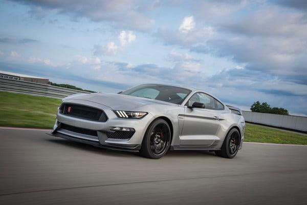 ford mustang shelby gt350r 2020 600x400 c