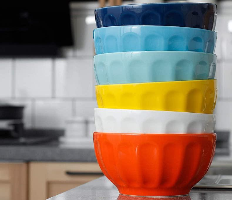 Colorful porcelain bowls