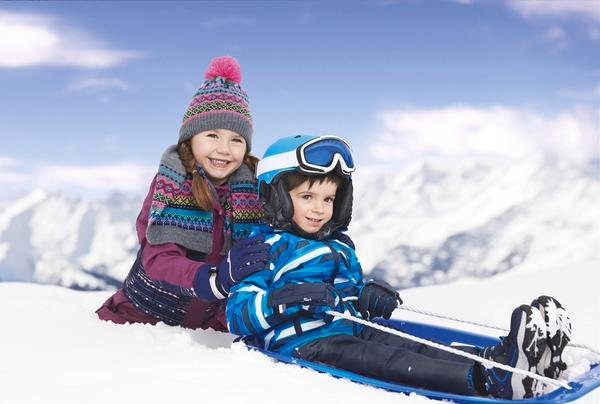 Kids aged 2 to 14 years can choose from five varieties of snow jacket and two varieties of snow pants. Photo: Aldi (supplied).