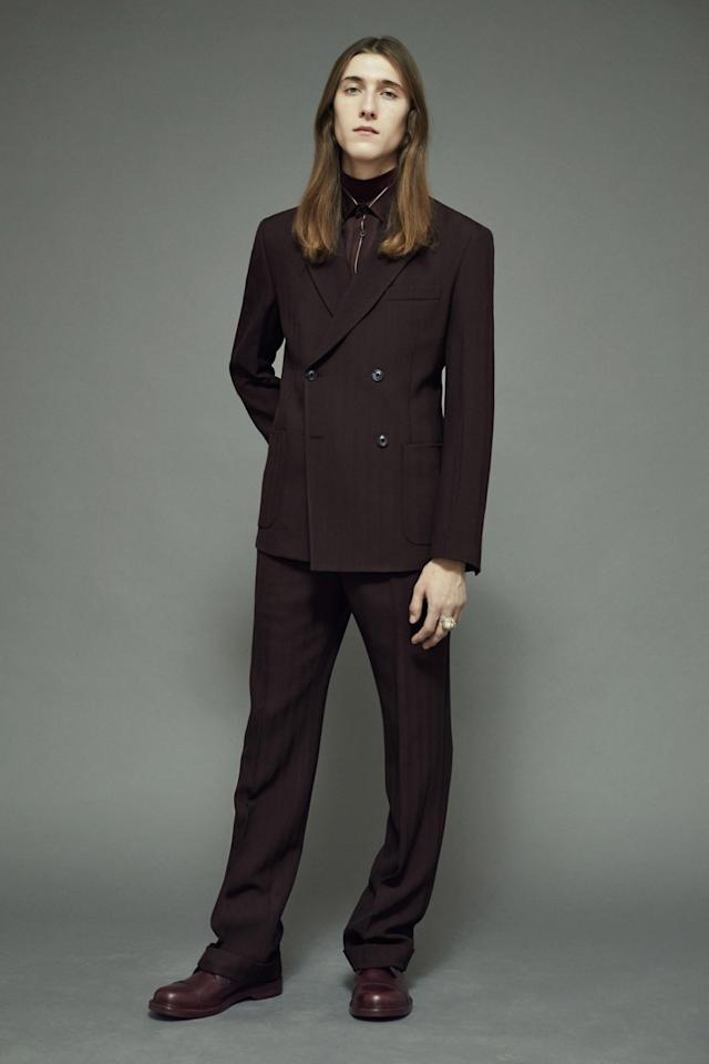 <p>In the off chance that Depp wants to keep it simple, this lovely double-breasted two piece suit will do.</p>