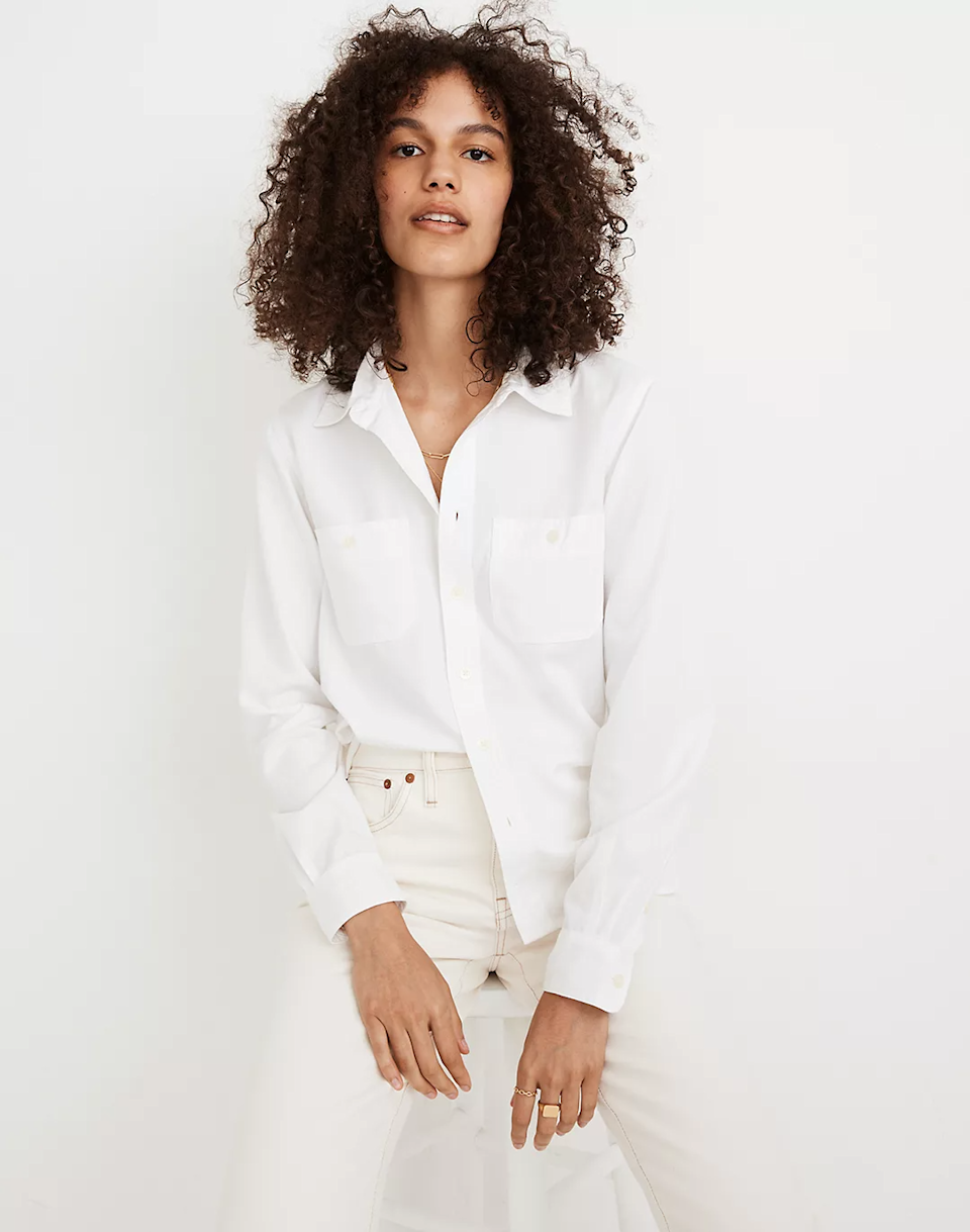 "<br><br><strong>Madewell</strong> Classic Button-Up Shirt, $, available at <a href=""https://go.skimresources.com/?id=30283X879131&url=https%3A%2F%2Fwww.madewell.com%2Fclassic-button-up-shirt-MA674.html"" rel=""nofollow noopener"" target=""_blank"" data-ylk=""slk:Madewell"" class=""link rapid-noclick-resp"">Madewell</a>"