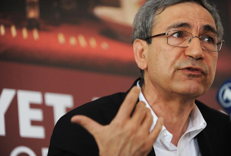Nobel-winning Turkish novelist Orhan Pamuk had lashed out at the authorities after the detention of Ahmet Altan (AFP Photo/Bulent Kilic)
