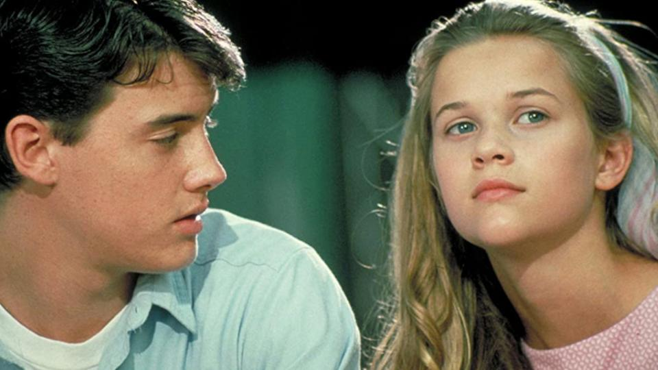 Jason London and Reese Witherspoon in The Man in the Moon