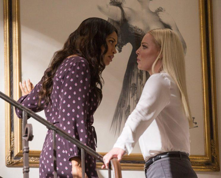 Rosario Dawson and Katherine Heigl square off in 'Unforgettable' (Photo: Warner Bros./Everett Collection)