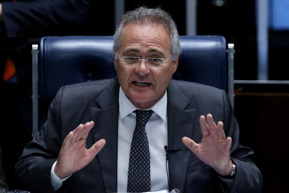 Brazil's Senate President Renan Calheiros gestures during a session of voting on a constitutional amendment, known as PEC 55, that limits public spending, in Brasilia, Brazil December 13, 2016. REUTERS/Adriano Machado