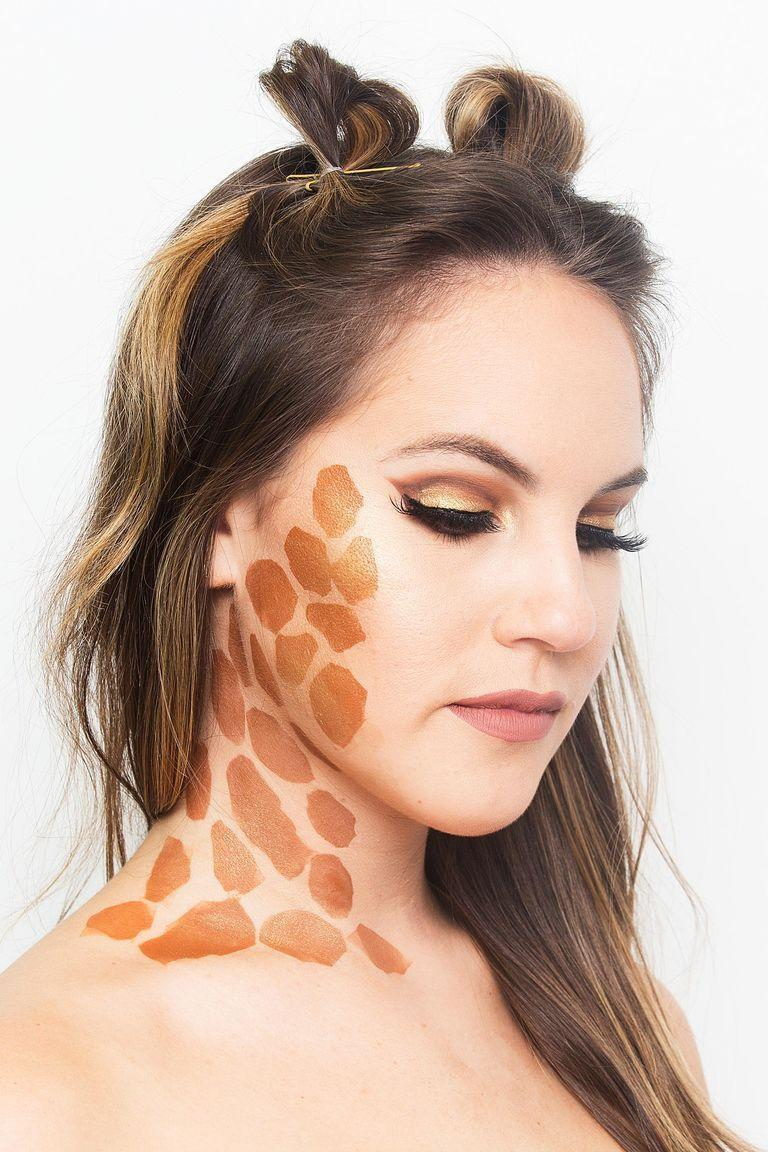 "<p>Add as many, or as little, spots as you'd like. To go the extra mile, add two loops on top of your head for a really convincing giraffe transformation.</p><p><em><a href=""https://www.cosmopolitan.com/style-beauty/beauty/how-to/a44056/halloween-makeup-looks/"" rel=""nofollow noopener"" target=""_blank"" data-ylk=""slk:See more at Cosmopolitan »"" class=""link rapid-noclick-resp"">See more at Cosmopolitan »</a></em></p>"