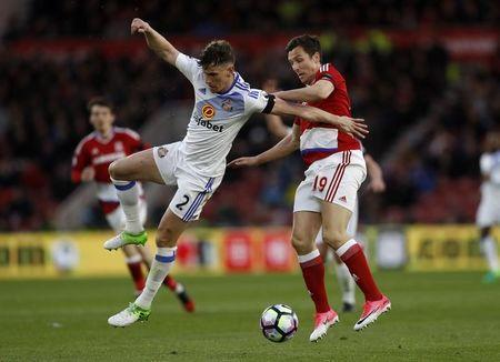 Britain Soccer Football - Middlesbrough v Sunderland - Premier League - The Riverside Stadium - 26/4/17 Middlesbrough's Stewart Downing in action with Sunderland's Billy Jones Action Images via Reuters / Lee Smith Livepic