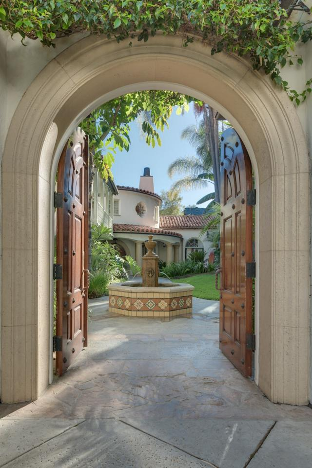 """<p>""""Handcrafted tiles designed by artisans of Mission Tiles adorn the outdoor fountains and stairways in the main house,"""" the <a href=""""http://bit.ly/1MbXvzB"""">listing</a> says. <i>(Photo by Sotheby's International Realty)</i></p>"""