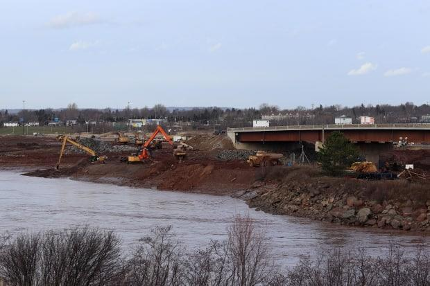 This year the causeway which crosses the Petitcodiac River and links Riverview with Moncton, will be replaced with a new bridge. (Shane Magee/CBC - image credit)