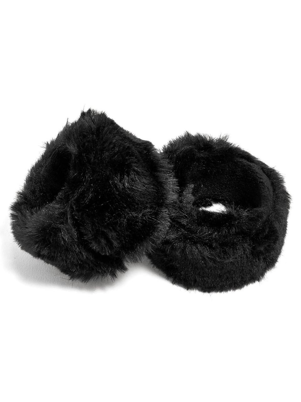 <p>The '90s are so cool these days. There's even a cool <span>Furry Black Slap Bracelet Set</span> ($20, originally $34) available to buy. Slap it on! </p>