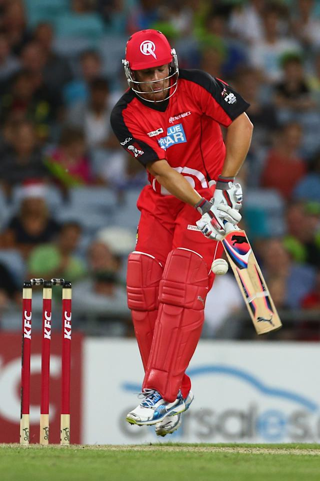 SYDNEY, AUSTRALIA - DECEMBER 14:  Aaron Finch of the Renegades bats during the Big Bash League match between the Sydney Thunder and the Melbourne Renegades at ANZ Stadium on December 14, 2012 in Sydney, Australia.  (Photo by Mark Kolbe/Getty Images)