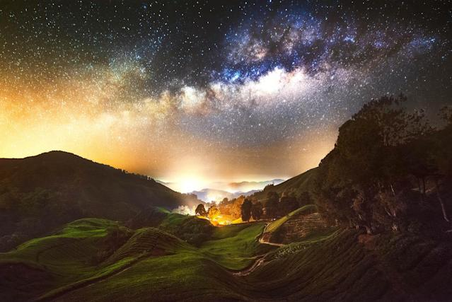<p>A view of the Milky Way in Malaysia. (Photo: Grey Chow/Caters News) </p>