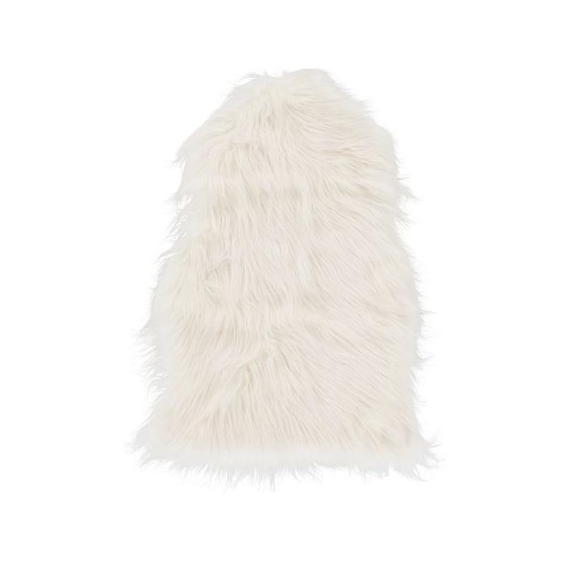 """<a rel=""""nofollow noopener"""" href=""""https://rstyle.me/n/c7erhschdw"""" target=""""_blank"""" data-ylk=""""slk:Faux-Fur Chair Throw, PB Teen, $39""""We love adding sheepskin to chairs (either real fur or faux fur) to prep them for fall. Draping a sheepskin throw can make a simple dining chair feel more luxurious and sophisticated and also adds a nice softness."""""""" class=""""link rapid-noclick-resp"""">Faux-Fur Chair Throw, PB Teen, $39<p>""""We love adding sheepskin to chairs (either real fur or faux fur) to prep them for fall. Draping a sheepskin throw can make a simple dining chair feel more luxurious and sophisticated and also adds a nice softness.""""</p> </a><p> <strong>Related Articles</strong> <ul> <li><a rel=""""nofollow noopener"""" href=""""http://thezoereport.com/fashion/style-tips/box-of-style-ways-to-wear-cape-trend/?utm_source=yahoo&utm_medium=syndication"""" target=""""_blank"""" data-ylk=""""slk:The Key Styling Piece Your Wardrobe Needs"""" class=""""link rapid-noclick-resp"""">The Key Styling Piece Your Wardrobe Needs</a></li><li><a rel=""""nofollow noopener"""" href=""""http://thezoereport.com/living/work/admit-youre-overwhelmed-work/?utm_source=yahoo&utm_medium=syndication"""" target=""""_blank"""" data-ylk=""""slk:How To Admit You're Overwhelmed At Work"""" class=""""link rapid-noclick-resp"""">How To Admit You're Overwhelmed At Work</a></li><li><a rel=""""nofollow noopener"""" href=""""http://thezoereport.com/fashion/celebrity-style/meghan-markle-dress-hack/?utm_source=yahoo&utm_medium=syndication"""" target=""""_blank"""" data-ylk=""""slk:Meghan Markle's Dress Hack For Windy Days Is Brilliant"""" class=""""link rapid-noclick-resp"""">Meghan Markle's Dress Hack For Windy Days Is Brilliant</a></li> </ul> </p>"""