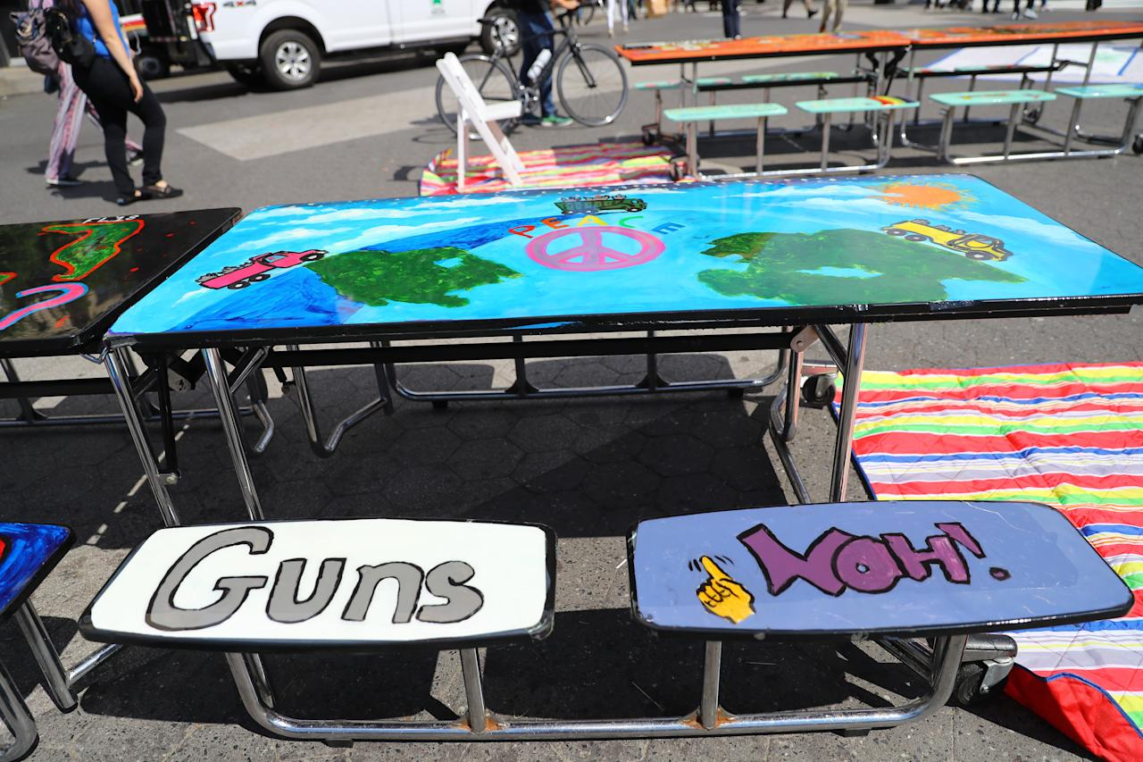 "<p>The ""Gun control"" table in Union Square Park, New York City, on June 5, 2018. (Photo: Gordon Donovan/Yahoo News) </p>"