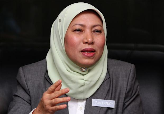Datuk Seri Nancy Shukri said BN could not have tabled the the amendment to the Syariah Courts (Criminal Jurisdiction) Act in Parliament when they did not fully understand it. ― Picture by Yusof M