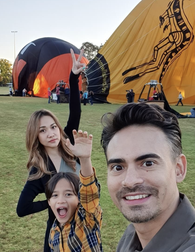Ashraf Sinclair seen pictured in Melbourne last year together with his wife Bunga Cinta Lestari and his son Noah. (PHOTO: Ashraf Sinclair Instagram)